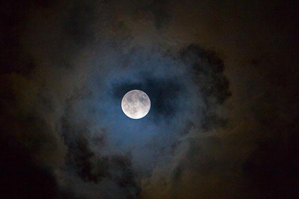 Leo769n_super_luna-1