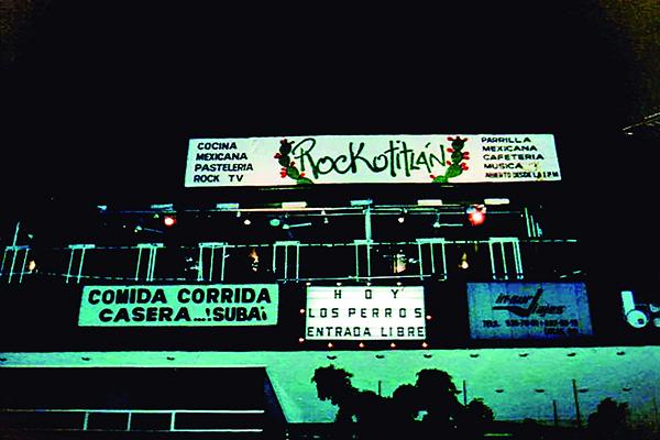 FOTO UNO MÁSPORMÁS ROCKOTITLÁN