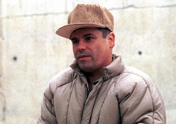 """MÉXICO, D.F., 22FEBRERO2014.- Joaquín """"El Chapo"""" Guzmán, líder del cártel de Sinaloa y el narcotraficante más buscado por Estados Unidos y México, fue capturado esta madrugada por la marina mexicana en Mazatlán, Sinaloa, sin aparentemente un solo disparo, confirmó una fuente de Seguridad de Estados Unidos, esto de acuerdo con información que difubnde la agencia de nociticas AFP. FOTO: PEDRO VLATIERRA /CUARTOSCURO.COM"""
