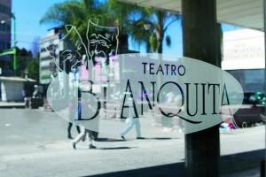 MÉXICO, D.F., 29DICIEMBRE2015.- El Tetaro Blanquita, ubicado en Eje Central 16 colonia Guerrero, permanece a la expectativa tras su cierre anunciado por la compañia que lo manejaba, este recinto es hitórico para el teatro de revista en nuestro país. FOTO: MOISÉS PABLO /CUARTOSCURO.COM