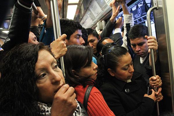 Metro-mujeres-acoso