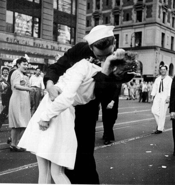 Kissing_the_War_Goodbye-ok