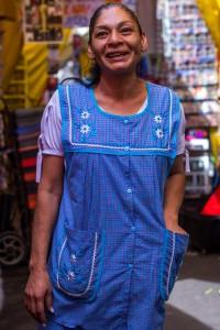 """MEXICO, D.F., 14FEBRERO2015.- Lourdes Ruiz, mejor conocida como la """"Reina del albur"""", asistio a la presentación por segundo año consecutivo de la puesta en escena de """"Safari en Tepito"""". FOTO: ENRIQUE ORDÓÑEZ /CUARTOSCURO.COM"""