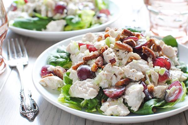 2012-08-27-greek-yogurt-chicken-salad-586x322