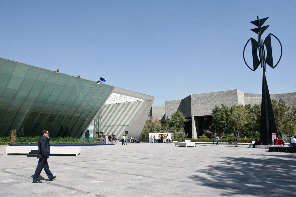 MƒXICO, D.F., 24NOVIEMBRE2008.- La Universidad Nacional Aut—noma de MŽxico inaugurar‡ esta tarde el Museo Universitario de Arte Contempor‡neo (MUAC). El recinto de artes pl‡sticas, ubicado en el Centro Cultural Universitario, tuvo un costo 240 millones de pesos y el responsable de su dise–o es el arquitecto mexicano Teodoro Gonz‡lez de Le—n. FOTO: ISAAC ESQUIVEL/CUARTOSCURO.COM