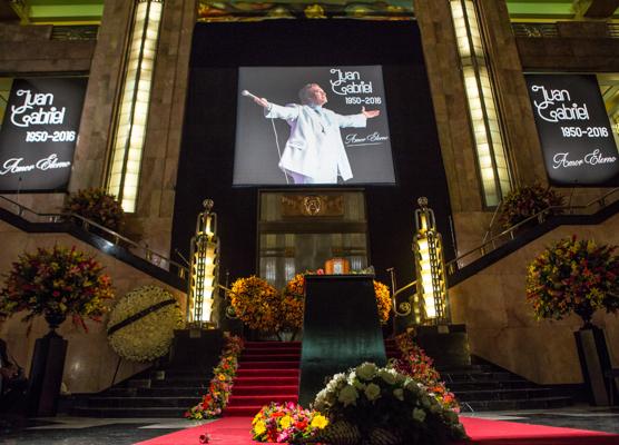 Homenaje Juan Gabriel 12