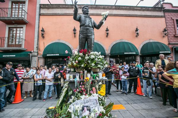 Homenaje Juan Gabriel 2