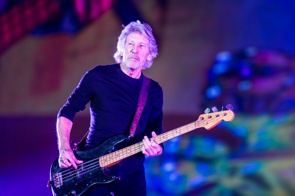roger-waters-3