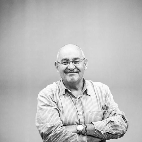 Benito Taibo es un escritor exitoso con más de 200 mil copias vendidas en algunos de sus libros. Foto, Lulú Urdapilleta