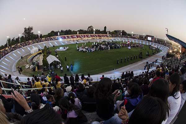 MÉXICO, D.F., 25ENERO2013.- Esta tarde la delegación Venustiano Carranza realizó la inauguración de la edición LIV de los Juegos Deportivos Infantiles, Juveniles y Paralímpicos de la Ciudad de México. FOTO: MISAEL VALTIERRA / CUARTOSCURO.COM