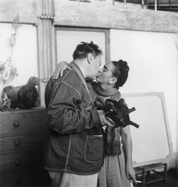 frida-kahlo-and-diego-rivera
