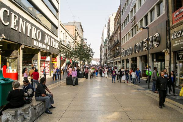 La calle Madero ha sido parte de la historia del país.