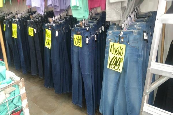 348b4966c Las calles del Centro Histórico donde venden ropa barata - Máspormás