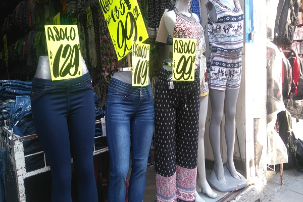 Las calles del centro hist rico donde venden ropa barata for Donde venden ceramica barata