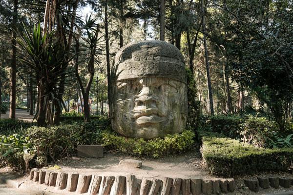 El Parque Hundido tiene réplicas de esculturas de las culturas prehispánicas del país