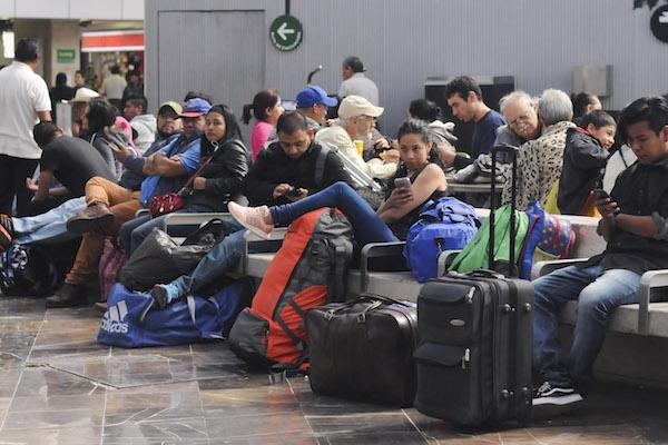 Sopitas habla sobre las vacaciones y las dificultades que enfrentan los viajeros chilangos en esta temporada