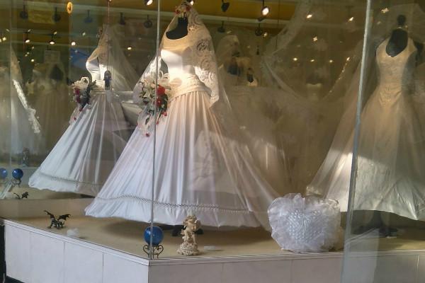 La calle del Centro Histórico donde venden vestidos