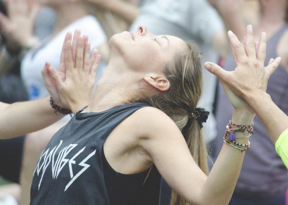yoga wanderlust meditación