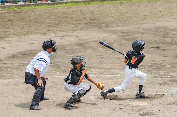 La liga Olmeca tiene clases de pitcheo y catcheo