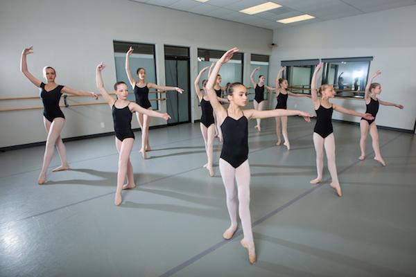 Academia de ballet en latex - 5 6