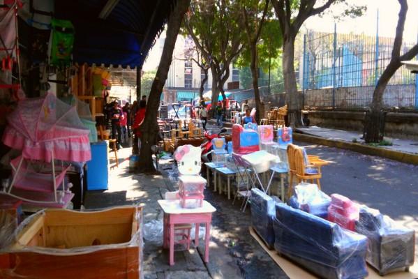 La calle del centro hist rico donde venden muebles for Mueblerias df baratas